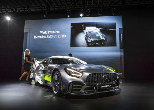 Los Angeles 2018: Mercedes-AMG GT R Pro.
